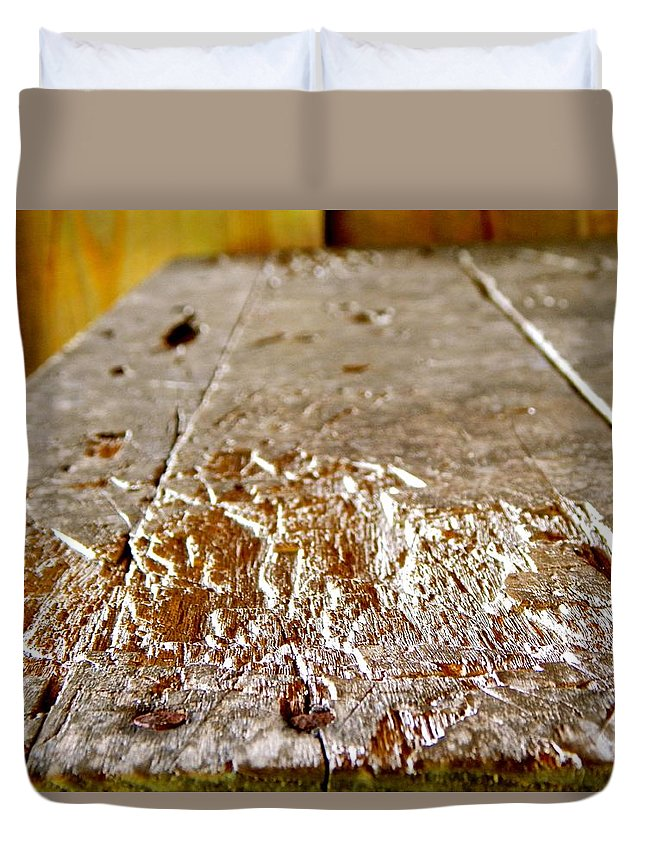 Knife Duvet Cover featuring the photograph Knife - Gretchen Smith by Gretchen Smith