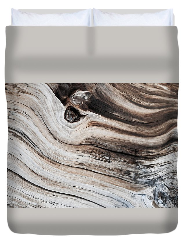 Wood Duvet Cover featuring the photograph Knotted by Colleen Coccia