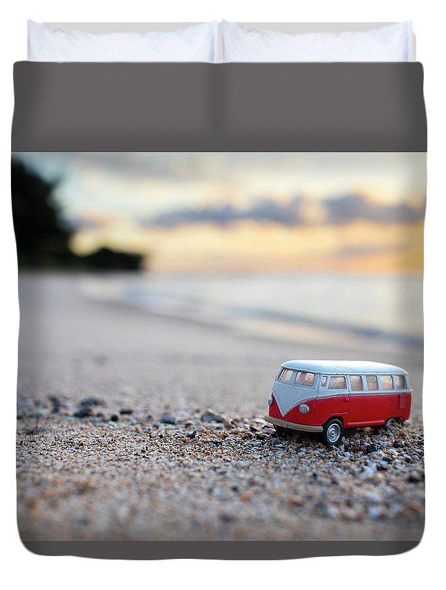 Kombi Beach Duvet Cover featuring the photograph Kombi Beach by Sean Davey