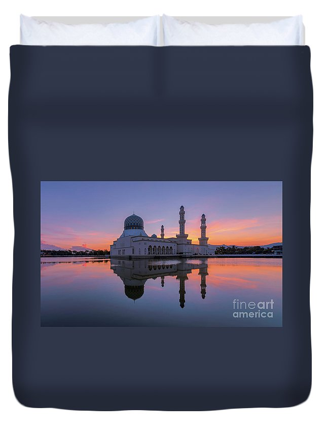 Duvet Cover featuring the photograph Kota Kinabalu City Mosque I by Kamrul Arifin Mansor