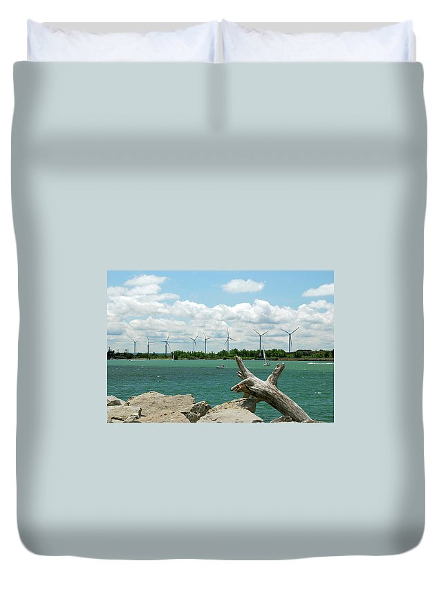 Wind Turbines Duvet Cover featuring the photograph Lackawanna Wind Farm 5079 by Guy Whiteley
