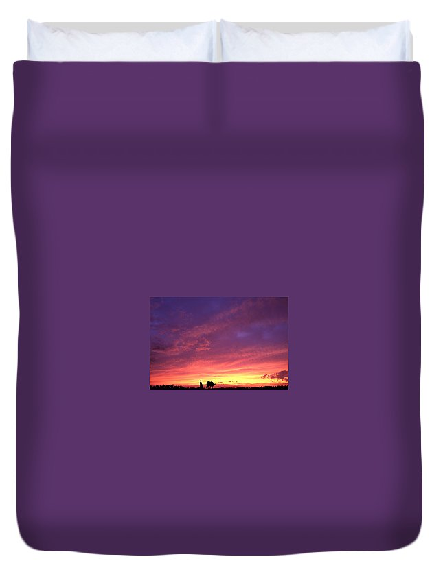 Sunset Duvet Cover featuring the photograph Laguna Sunset by George Cabig