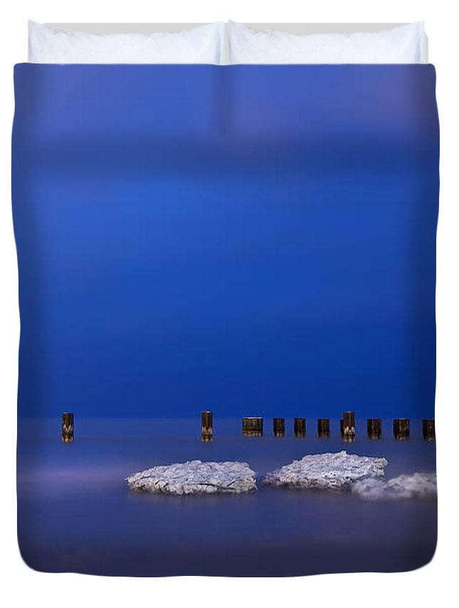 Winter Duvet Cover featuring the photograph Lake Ice Chicago by Steve Gadomski