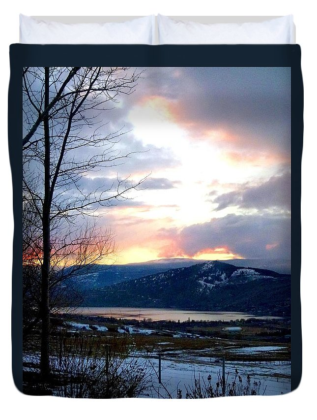 Sunset Duvet Cover featuring the photograph Lake Okanagan Sunset At Vernon by Will Borden