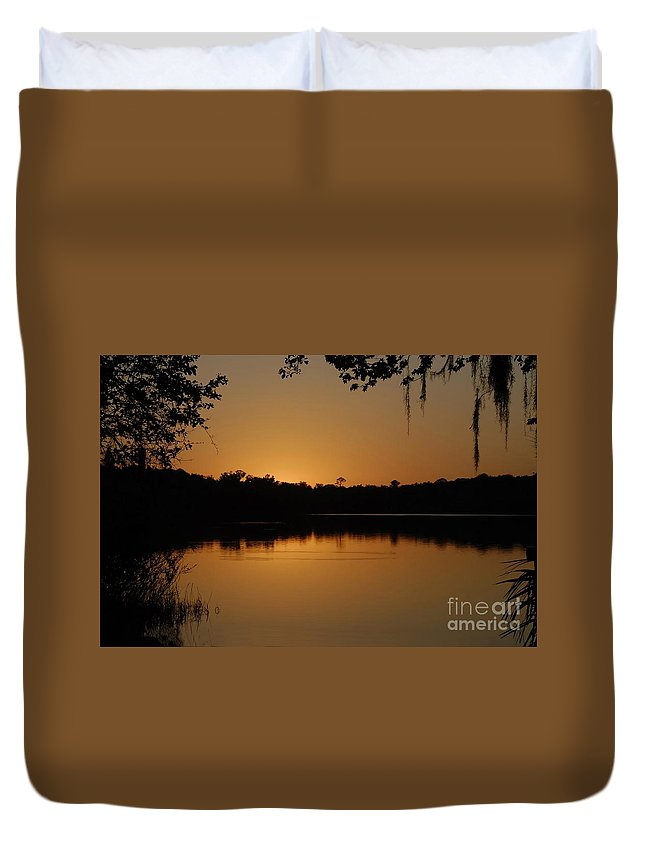 Lake Duvet Cover featuring the photograph Lake Reflections by David Lee Thompson
