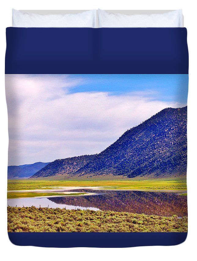 Sky Duvet Cover featuring the photograph Lake Reflections by Marilyn Diaz
