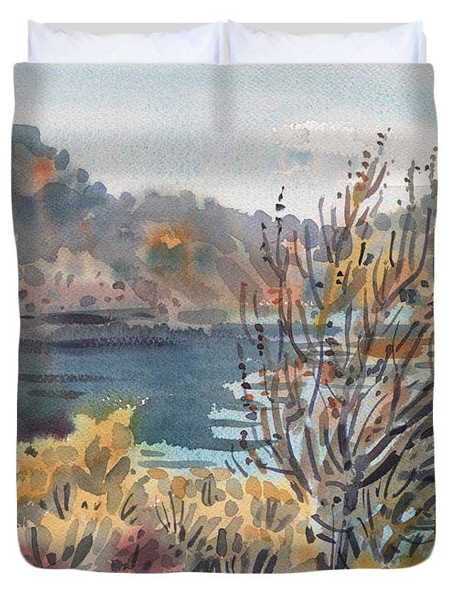 Lake Roosevelt Duvet Cover featuring the painting Lake Roosevelt by Donald Maier