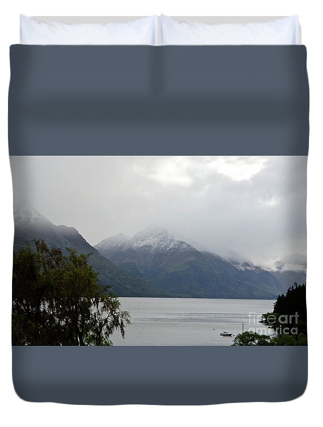 Queenstown Duvet Cover featuring the photograph Lake Wanaka On A Rainy Spring Day by Yurix Sardinelly