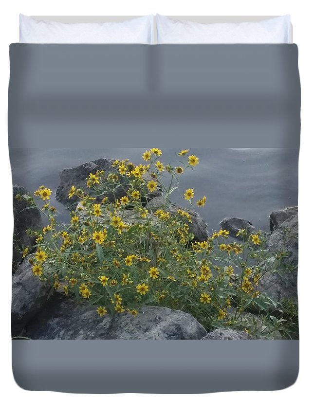 Lakeside Flowers Duvet Cover featuring the photograph Lakeside Beauty by Jan Wolterman