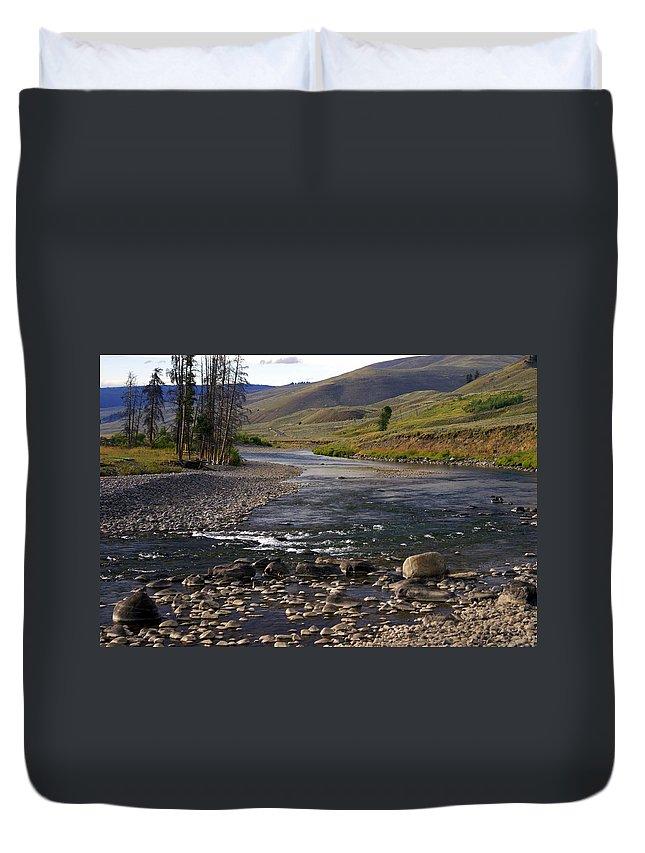 Yellowstone National Park Duvet Cover featuring the photograph Lamar Valley 3 by Marty Koch