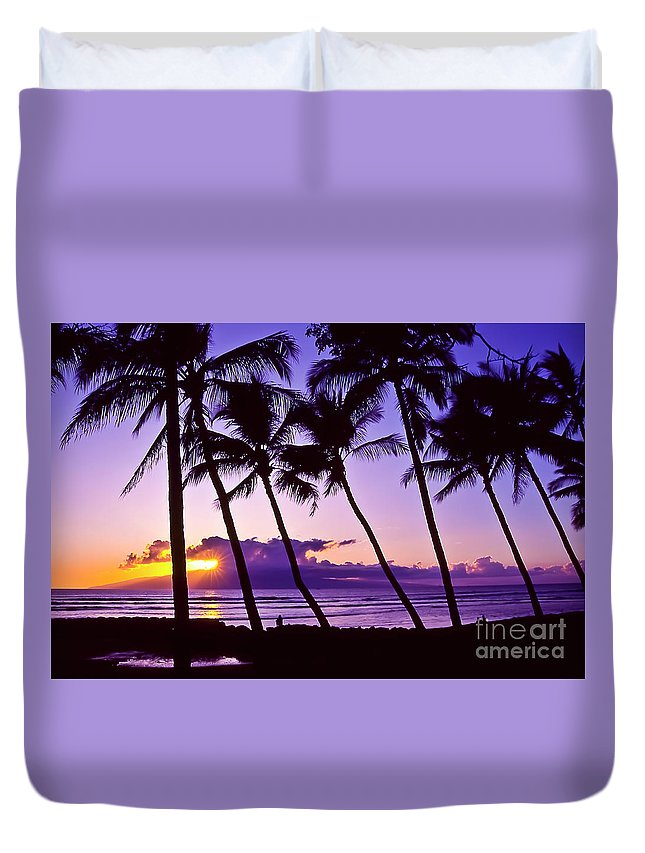 Landscapes Duvet Cover featuring the photograph Lanai Sunset by Jim Cazel