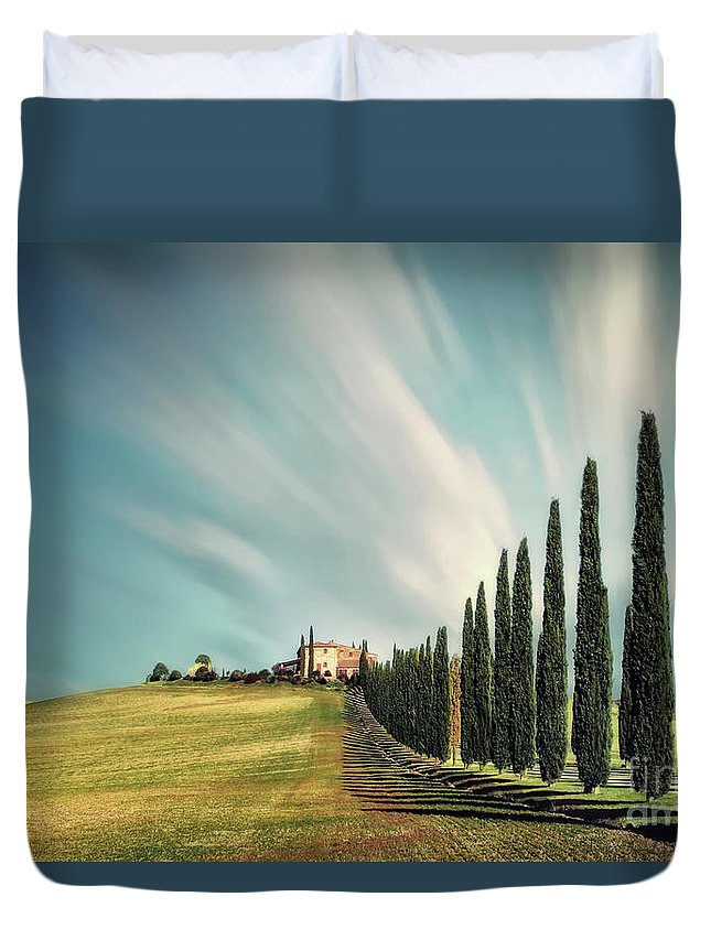 Kremsdorf Duvet Cover featuring the photograph Land Of Dreams by Evelina Kremsdorf
