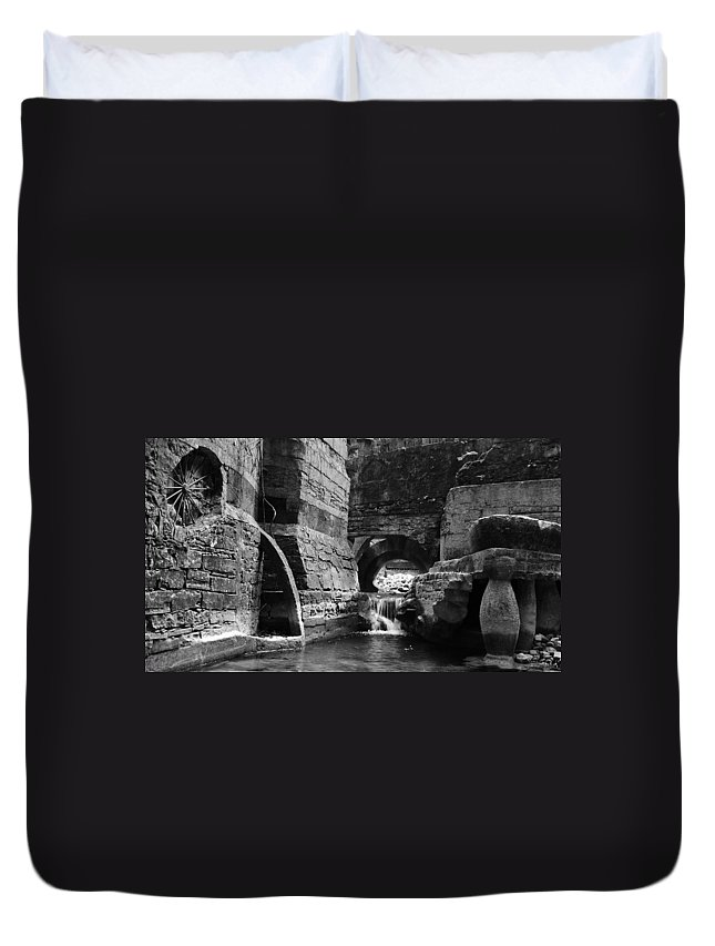 Skip Hunt Duvet Cover featuring the photograph Las Pozas 1 by Skip Hunt