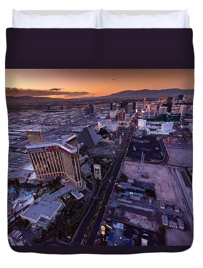 Las Vegas Duvet Cover featuring the photograph Las Vegas Strip Aloft by Steve Gadomski