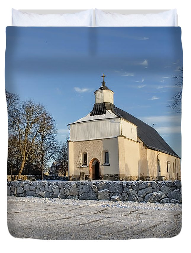 Church Duvet Cover featuring the photograph Last Day 2015 by Leif Sohlman