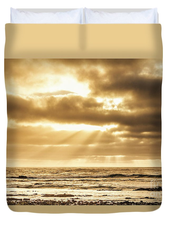 Ocean Duvet Cover featuring the photograph Late Day Rays by Jorgo Photography - Wall Art Gallery