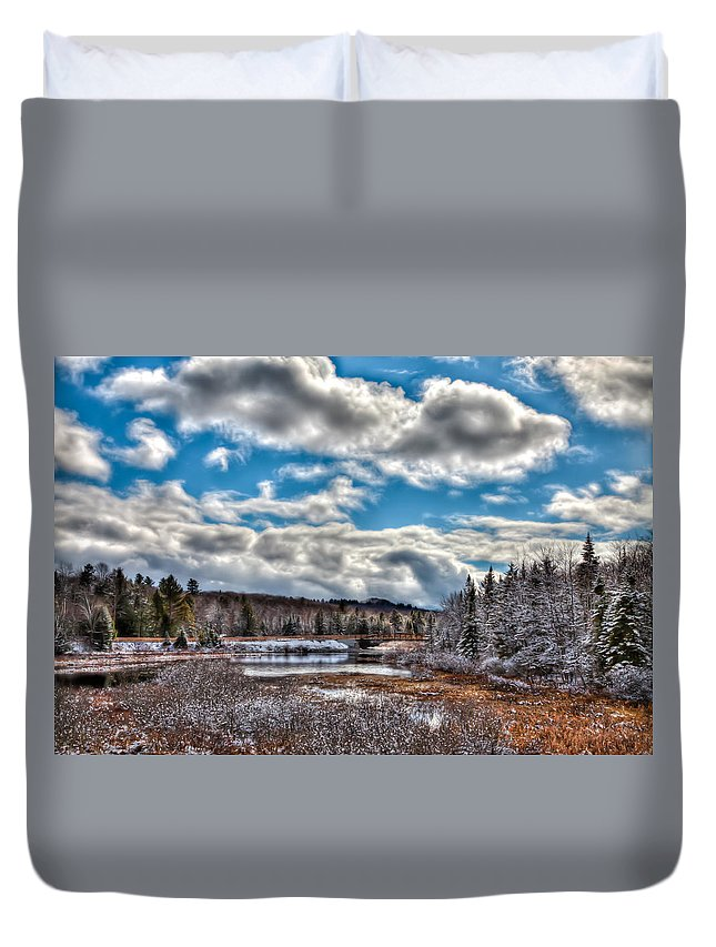 Late Winter At The Tobie Trail Bridge Duvet Cover featuring the photograph Late Winter At The Tobie Trail Bridge by David Patterson