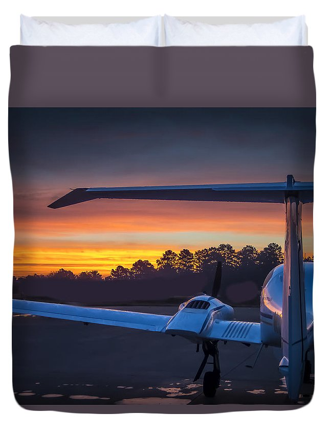 Aircraft Duvet Cover featuring the photograph Layered Sunrise On The Ramp by Phil Rispin
