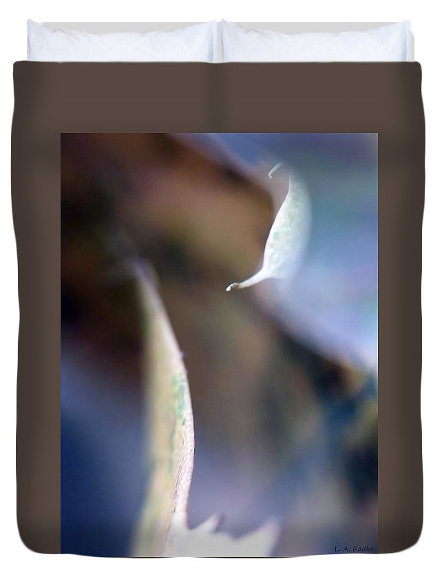 Abstract Duvet Cover featuring the photograph Leaf Abstract IIi by Lauren Radke