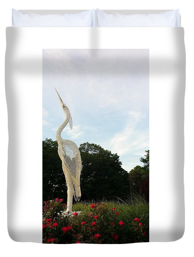 Birds Duvet Cover featuring the photograph Left Crane by Rob Hans