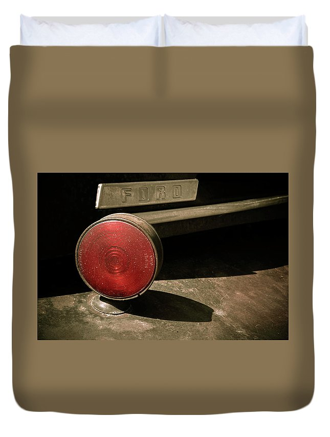 Car Duvet Cover featuring the photograph Left Turn Signal by Marilyn Hunt