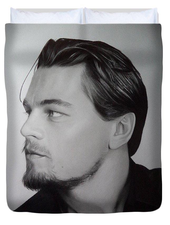 Leonardo Dicaprio Pencil Portrait Black And White Fan Art Pencil  Duvet Cover featuring the drawing Leonardo Dicaprio by Stan Antonio