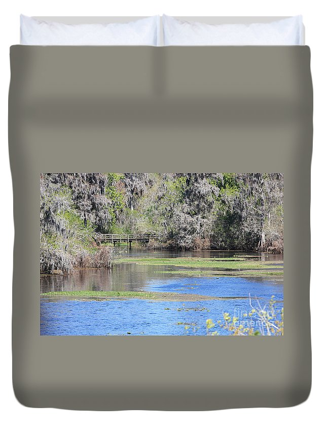 Lettuce Lake Duvet Cover featuring the photograph Lettuce Lake With Bridge by Carol Groenen