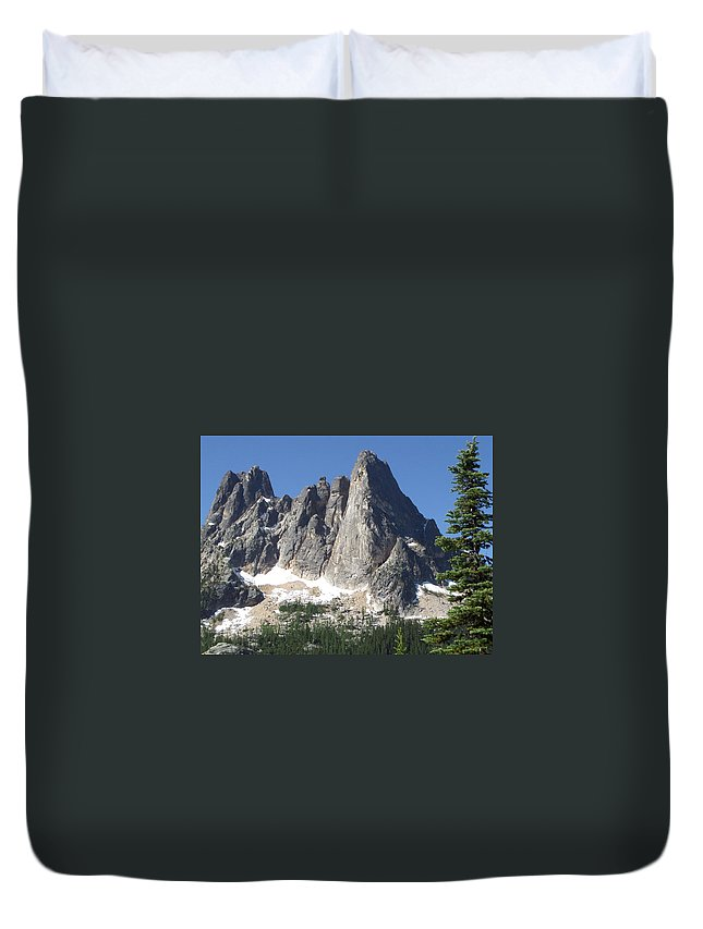 Mountain Duvet Cover featuring the photograph Liberty Bell Mountain by Tim Clinton