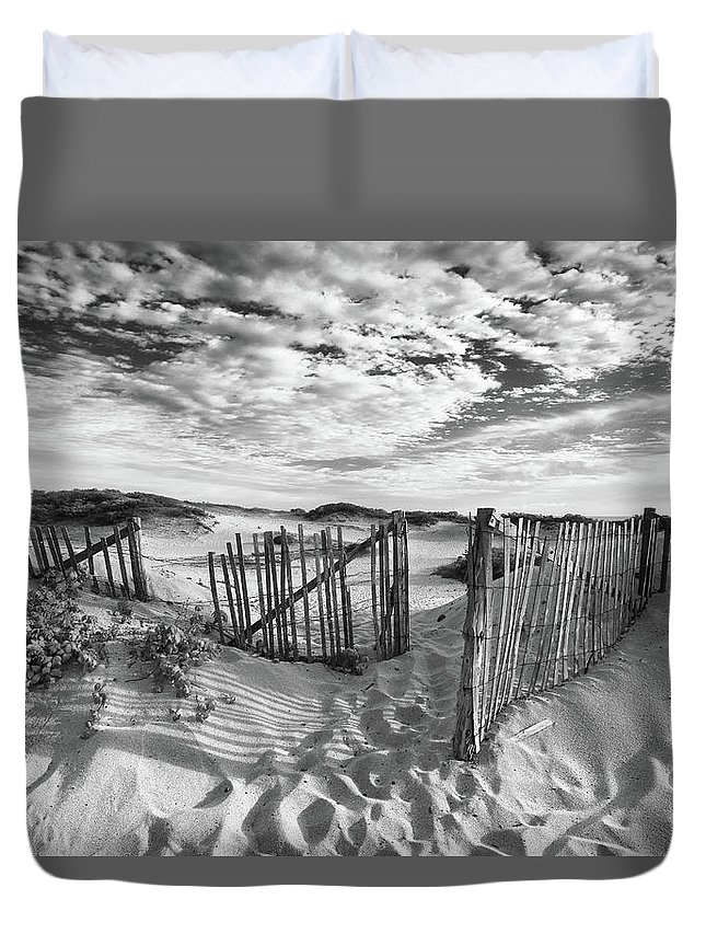 Landscape Duvet Cover featuring the photograph Light Over The Dunes by John Rizzitelli