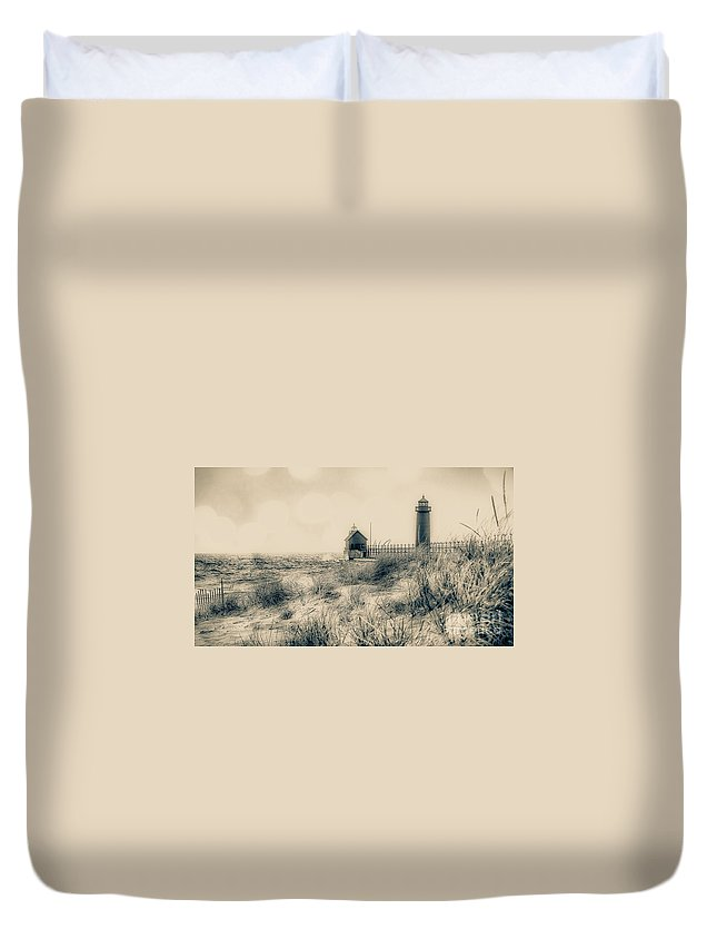 Grand Haven Duvet Cover featuring the photograph Lighthouse Fade by Susan Grube