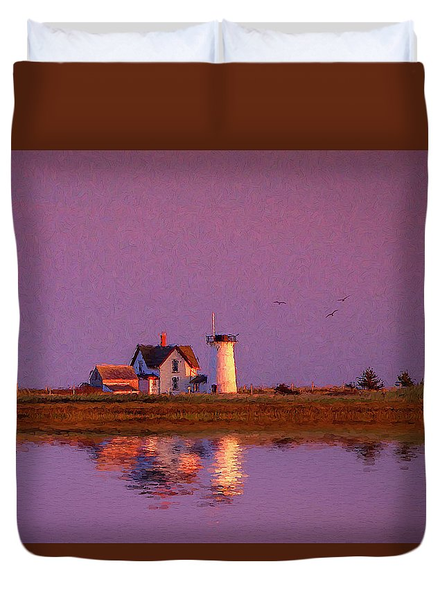 Chatham Duvet Cover featuring the photograph Lighthouse by Michael Petrizzo