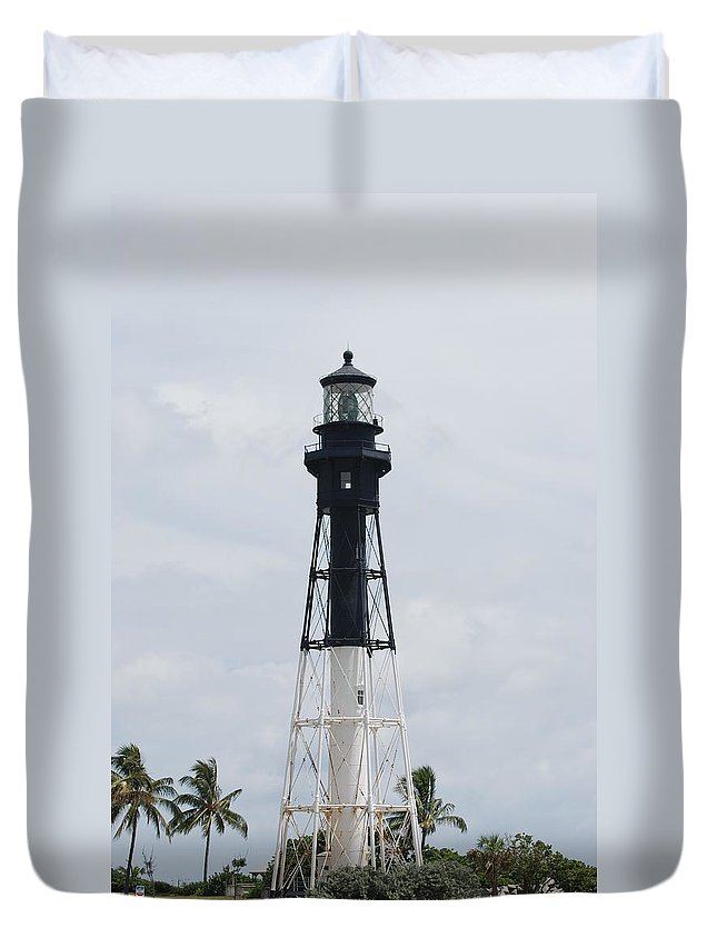 Landscape Duvet Cover featuring the photograph Lighthouse by Rob Hans