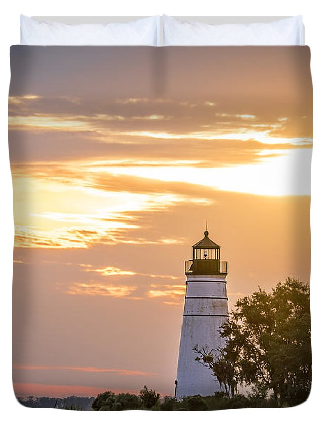 Design Duvet Cover featuring the photograph Lighting The Way by Andy Crawford