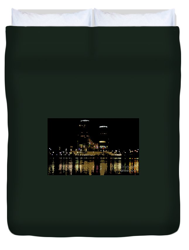 Tampa Museum Of History Duvet Cover featuring the painting Lights On History by David Lee Thompson
