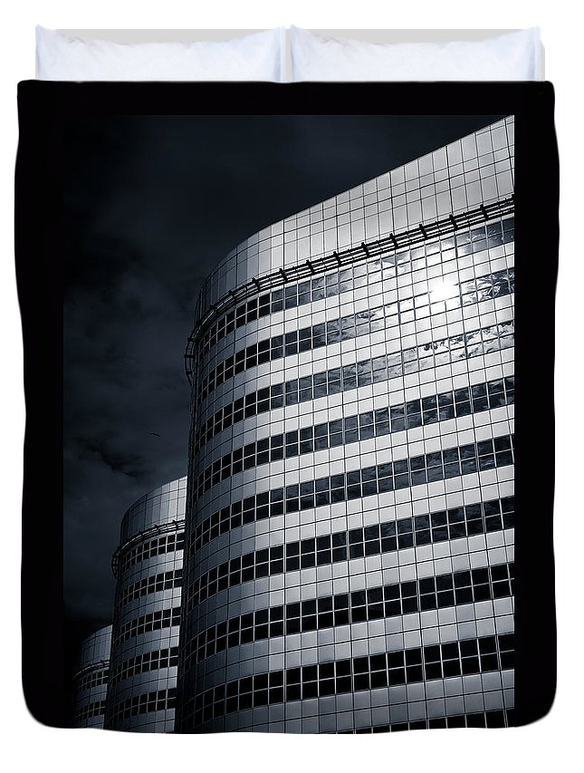 Architecture Duvet Cover featuring the photograph Lines And Curves by Dave Bowman