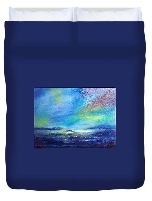 Isle Of Lismore Duvet Cover featuring the painting Lismore Light by Gwendolyn Fleming