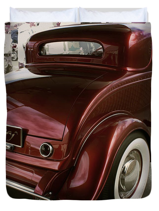 Deuce Coupe Duvet Cover featuring the photograph Little Deuce Coupe Aft View by Curt Johnson