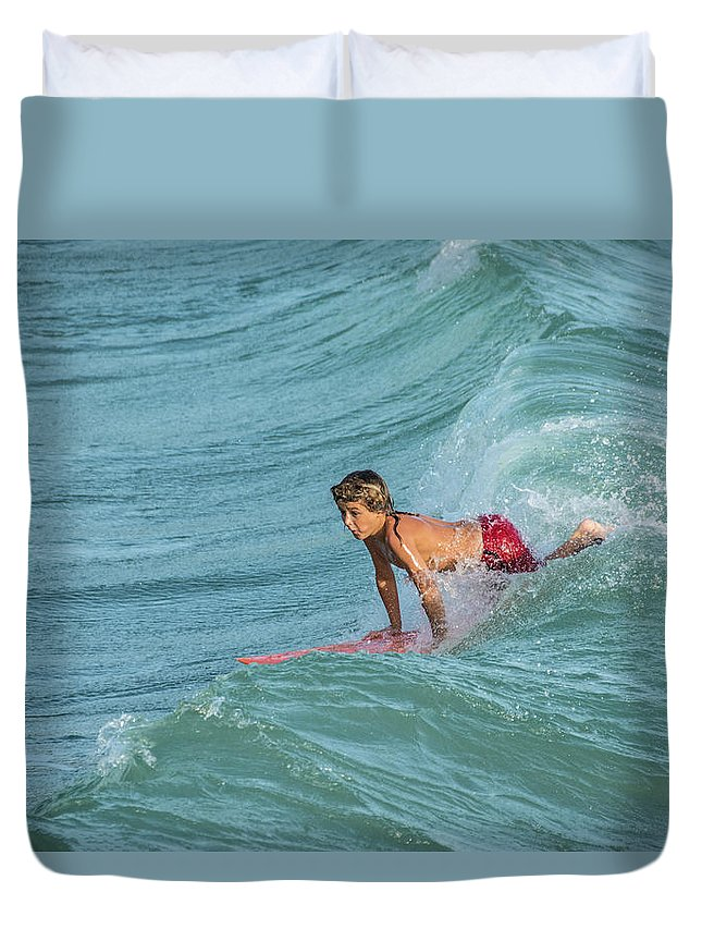 Little Guy Big Wave Duvet Cover featuring the photograph Little Guy Big Wave by Don Columbus