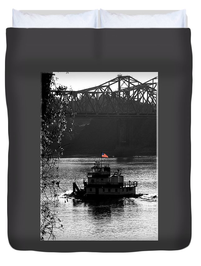 Tug Boat Duvet Cover featuring the photograph Little tug by Leon Hollins III