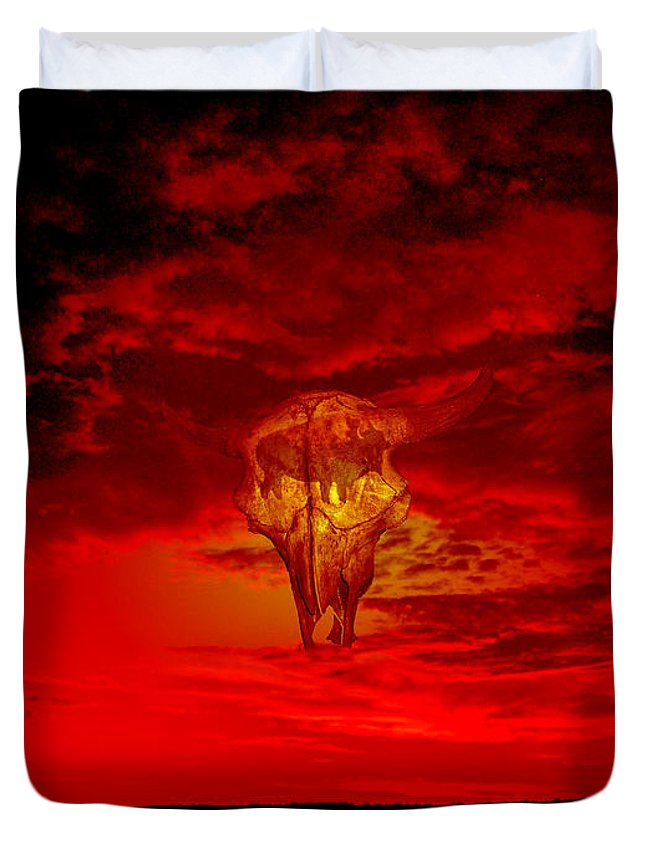 Skull Sky Red Dawn Buffalo Clouds Cloudy Nature Bison Water Skyline Waterscape Duvet Cover featuring the photograph Living Sky by Andrea Lawrence