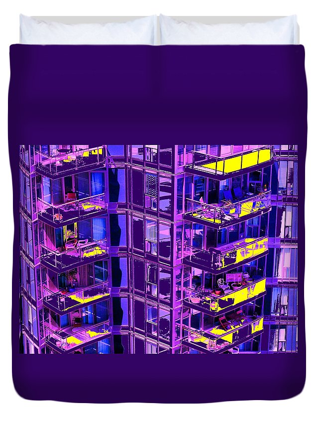 Urban Duvet Cover featuring the photograph Living Wall by Ian MacDonald