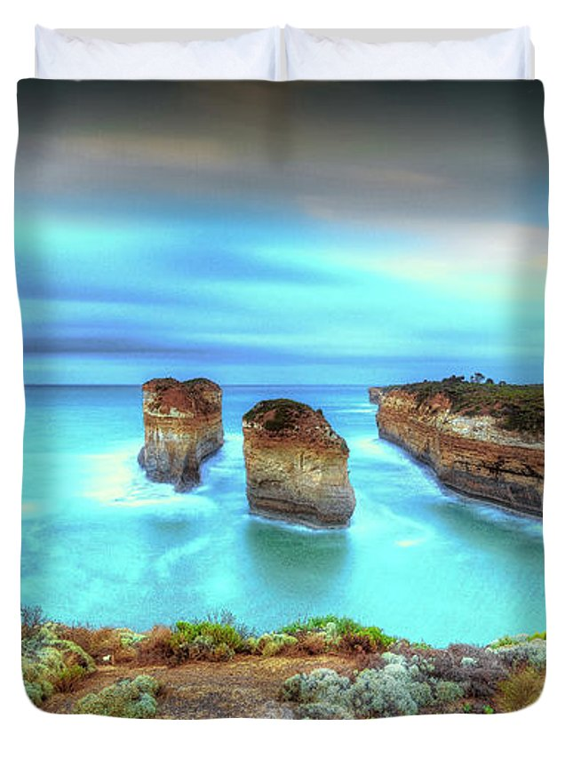Australia Duvet Cover featuring the photograph Loch Ard Gorge Pre Dawn by Paradigm Blue