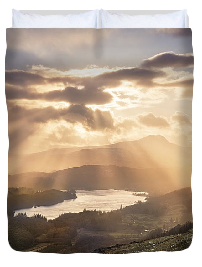 Sunburst; Scotland; Loch Ard; Ben Lomond; Cloudburst; Cloud Burst; Sun Burst Duvet Cover featuring the photograph Loch Ard Sunburst 1 by Rod McLean