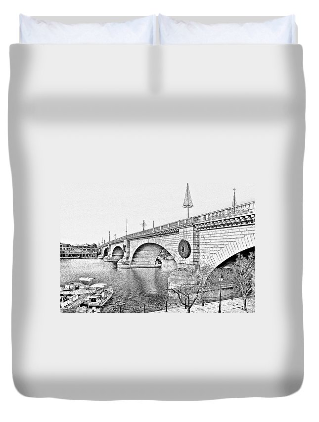 Lake Havasu Duvet Cover featuring the photograph London Bridge Lake Havasu City Arizona by Christine Till