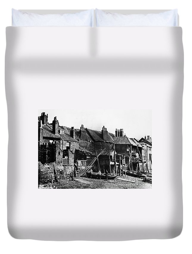 1860 Duvet Cover featuring the photograph London: Riverside, C1860 by Granger