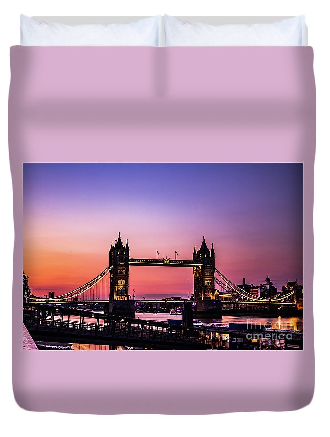 Tower Bridge Duvet Cover featuring the photograph Tower Bridge, London. by Nigel Dudson