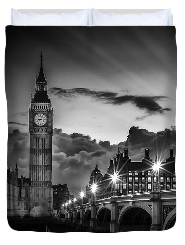 British Duvet Cover featuring the photograph London Westminster Bridge At Sunset by Melanie Viola