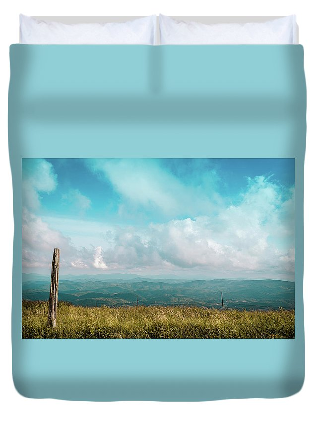 Landscape Duvet Cover featuring the photograph Lone Post by Jim Love