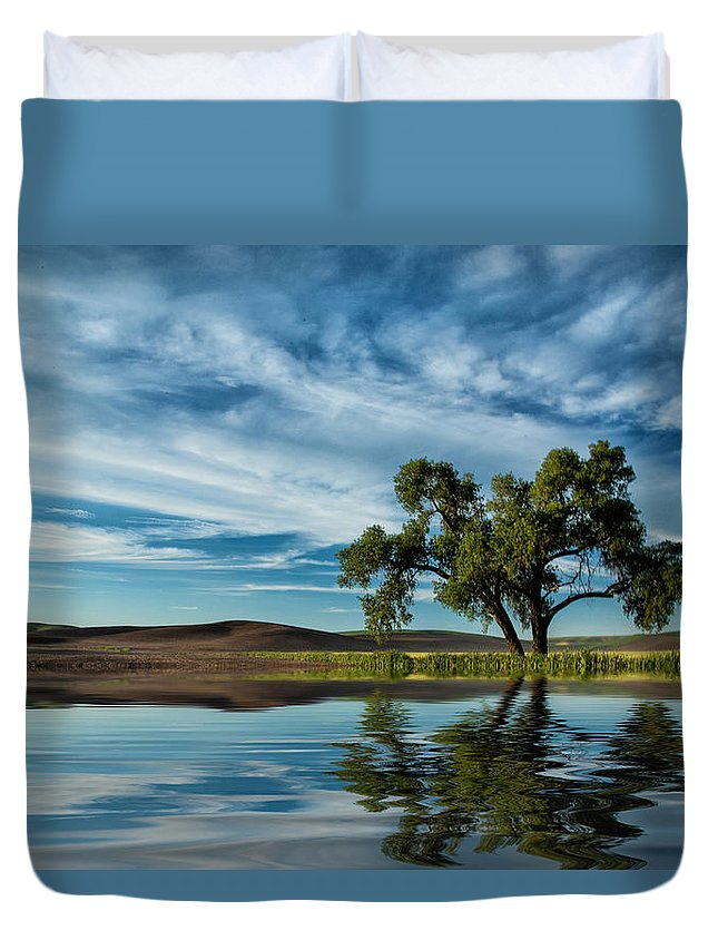 Lone Tree Duvet Cover featuring the photograph Lone Tree Pond Reflection by Bob Cournoyer