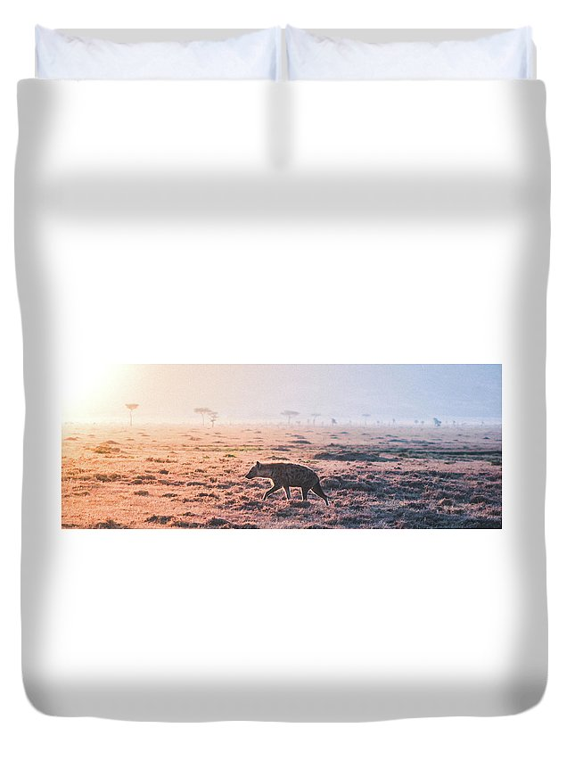 Lonely Duvet Cover featuring the photograph Lonely Hunter by Eevamaija Virtanen